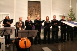 Joulukonsertti Oulunkylän vanhassa kirkossa 13.12.2015